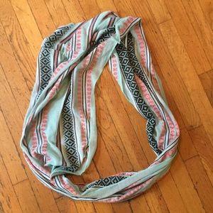 Infiniti scarves